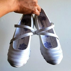 Mary Jane Sassies Dance All Night White Size 7.5W